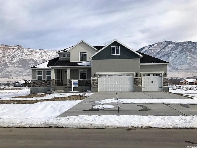 Single Family للـ Sale في 8036 N BRIDLEWALK 8036 N BRIDLEWALK Lake Point, Utah 84074 United States