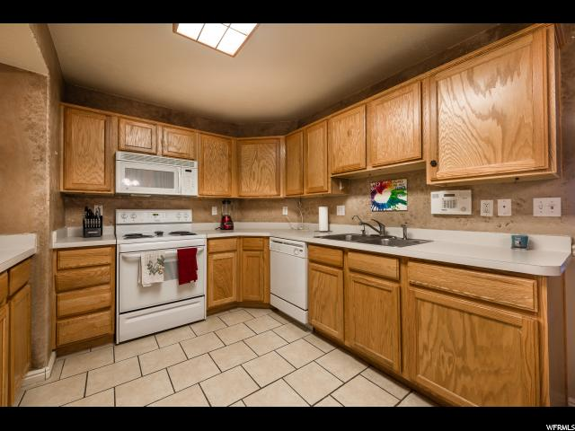 8066 N RIDGE LOOP DR Unit E1 Eagle Mountain, UT 84005 - MLS #: 1501644