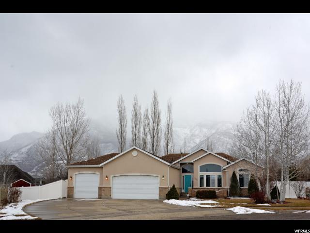 单亲家庭 为 销售 在 7776 S 2175 E 7776 S 2175 E South Weber, 犹他州 84405 美国