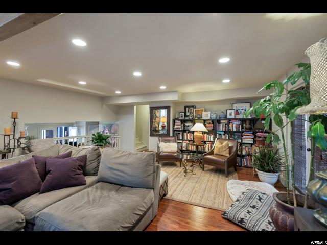178 N VALLEY VIEW DR North Salt Lake, UT 84054 - MLS #: 1501805
