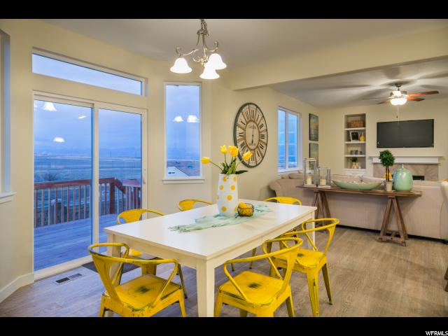2158 W SILVER LEAF DR Unit 32 Mapleton, UT 84664 - MLS #: 1502074
