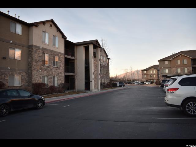 共管式独立产权公寓 为 销售 在 584 S 980 W 584 S 980 W Unit: I-61 Pleasant Grove, 犹他州 84062 美国