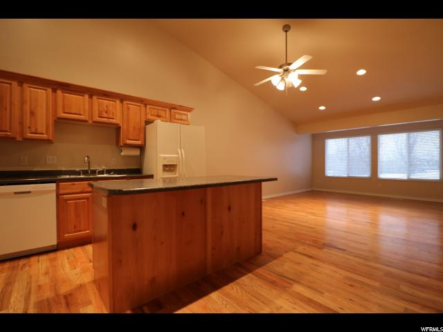 1745 N PAGES PL Bountiful, UT 84010 - MLS #: 1502164