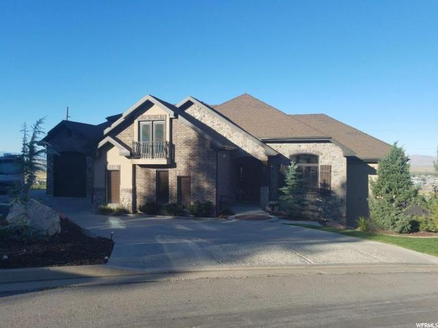 Unifamiliar por un Venta en 386 E GREYSTONE Drive 386 E GREYSTONE Drive Farmington, Utah 84025 Estados Unidos