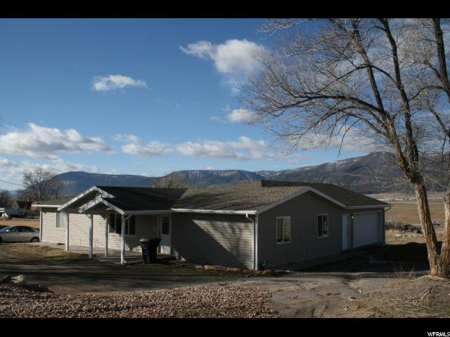Single Family for Sale at 447 N 300 W 447 N 300 W Moroni, Utah 84646 United States