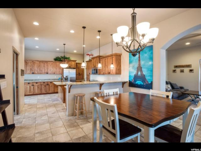 717 W MYSTIC CREEK WAY South Jordan, UT 84095 - MLS #: 1503592