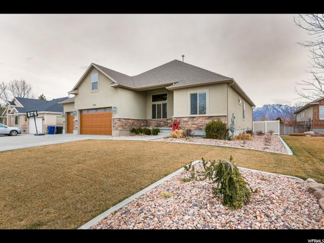 Single Family for Sale at 5321 S MORNING OAKS Drive 5321 S MORNING OAKS Drive Taylorsville, Utah 84123 United States