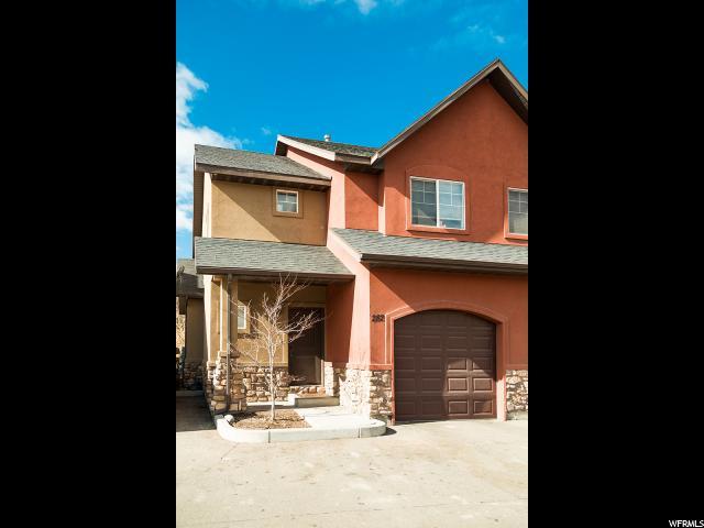 共管式独立产权公寓 为 销售 在 282 S 910 W 282 S 910 W Pleasant Grove, 犹他州 84062 美国