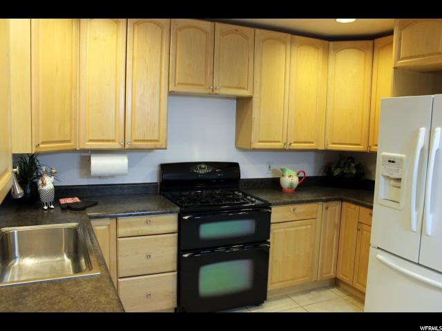 2016 W STONE CREEK DR West Valley City, UT 84119 - MLS #: 1503907