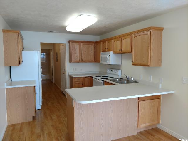 2042 W ABBEY VIEW RD West Jordan, UT 84088 - MLS #: 1503942
