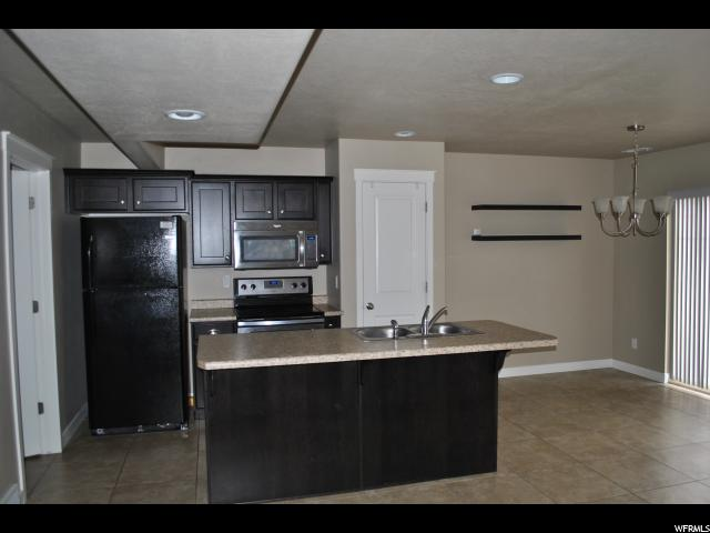 2423 N WELLINGTON Harrisville, UT 84414 - MLS #: 1504281