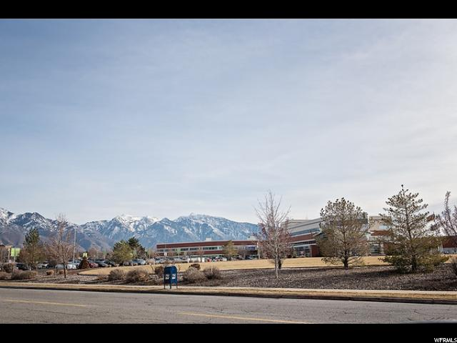 Additional photo for property listing at 5762 S HANSEN Circle 5762 S HANSEN Circle Murray, Utah 84107 United States