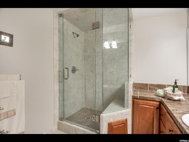 2394 E BROOK LN Sandy, UT 84092 - MLS #: 1504360