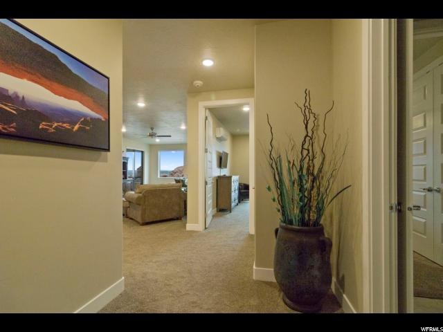 شقة بعمارة للـ Sale في 5228 VILLAS Drive 5228 VILLAS Drive Hurricane, Utah 84737 United States