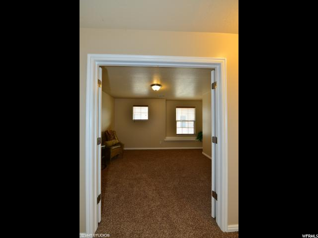 953 CHELSEA LN North Salt Lake, UT 84054 - MLS #: 1504426