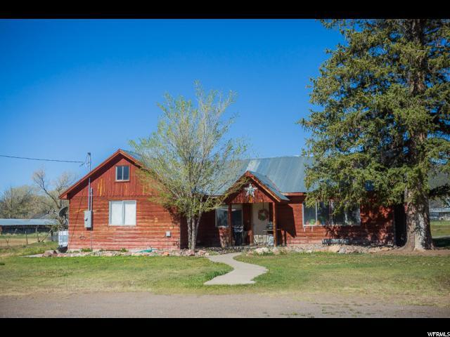 Single Family للـ Sale في 50 E 100 S 50 E 100 S Koosharem, Utah 84744 United States