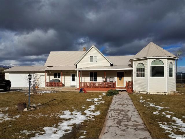 Один семья для того Продажа на 114 W 100 N 114 W 100 N Weston, Айдахо 83286 Соединенные Штаты