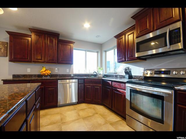 199 E BAYVIEW CIR Saratoga Springs, UT 84045 - MLS #: 1504649