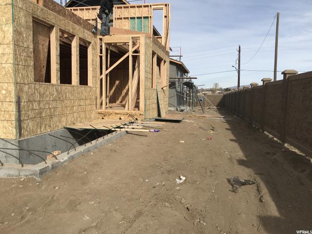 10687 S RIDGE WAY RD Unit 12 Sandy, UT 84092 - MLS #: 1504760