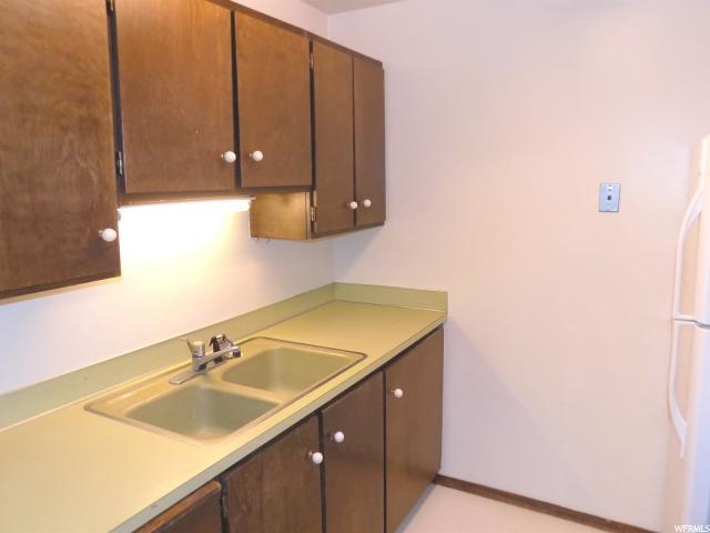 1091 E COUNTRY HILLS DR Unit 201 Ogden, UT 84403 - MLS #: 1505096