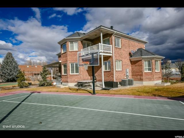 9202 S KENSINGTON PARK DR West Jordan, UT 84088 - MLS #: 1505256
