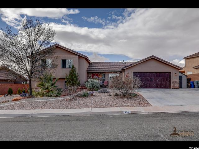 Unique la famille pour l Vente à 524 S PRAYA Drive 524 S PRAYA Drive Ivins, Utah 84738 États-Unis