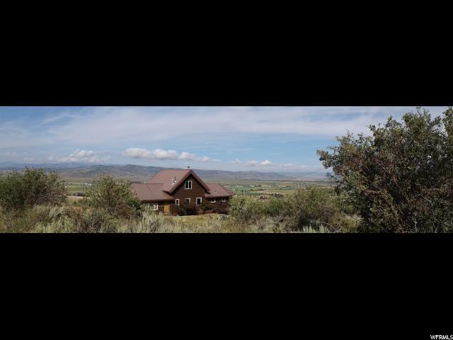 Single Family للـ Sale في 348 SPLENDOR VALLEY Road 348 SPLENDOR VALLEY Road Marion, Utah 84036 United States