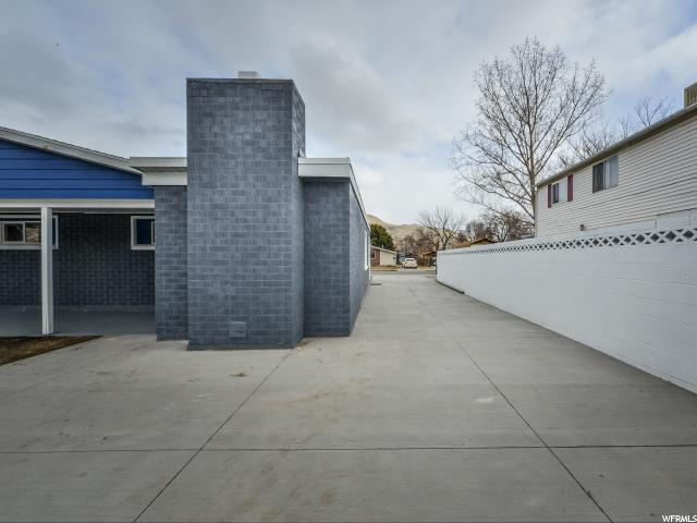 1081 N TAFFETA DR Salt Lake City, UT 84116 - MLS #: 1505865