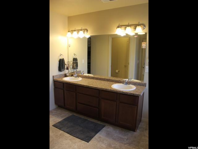 2088 W LOVELAND LN Farmington, UT 84025 - MLS #: 1506137