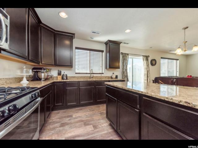 955 W STONEHAVEN DR North Salt Lake, UT 84054 - MLS #: 1507116