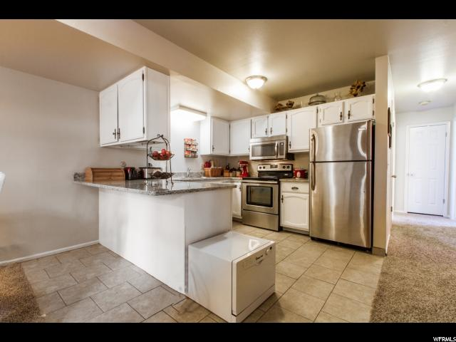 Condominium for Sale at 1685 N HICKORY Lane 1685 N HICKORY Lane Provo, Utah 84604 United States