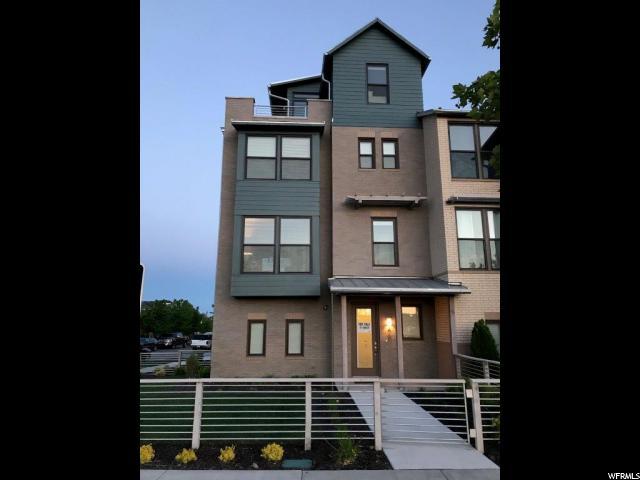 Casa unifamiliar adosada (Townhouse) por un Venta en 4605 W DAYBREAK RIM WAY 4605 W DAYBREAK RIM WAY South Jordan, Utah 84009 Estados Unidos