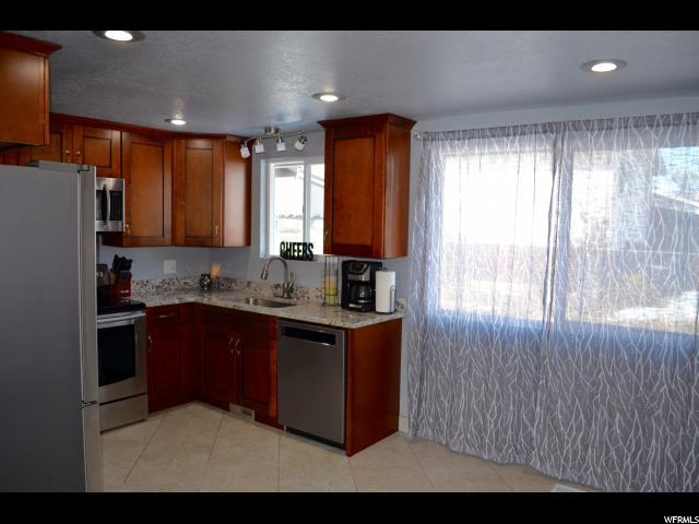 291 W 1050 Layton, UT 84041 - MLS #: 1508160