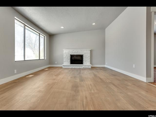3285 MAPLE WAY West Valley City, UT 84119 - MLS #: 1508302