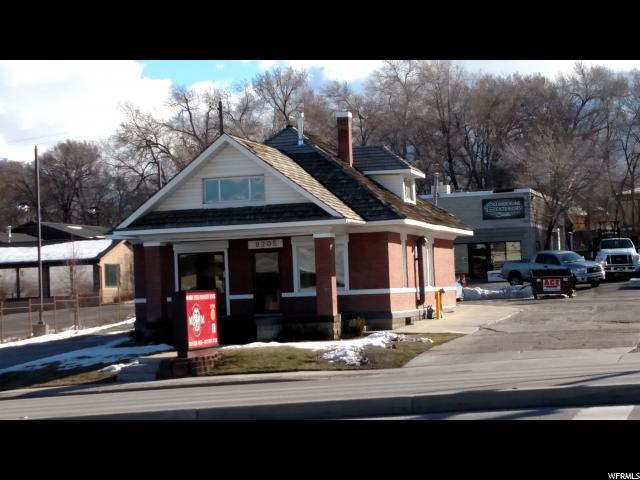 Commercial pour l Vente à 28-06-301-049, 9205 S STATE Street 9205 S STATE Street Sandy, Utah 84070 États-Unis