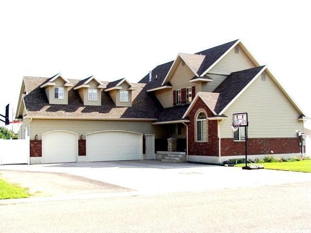 Один семья для того Продажа на 825 HOOVER Street 825 HOOVER Street Montpelier, Айдахо 83254 Соединенные Штаты