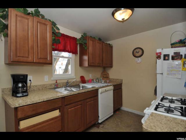 2902 S 3095 West Valley City, UT 84119 - MLS #: 1508570