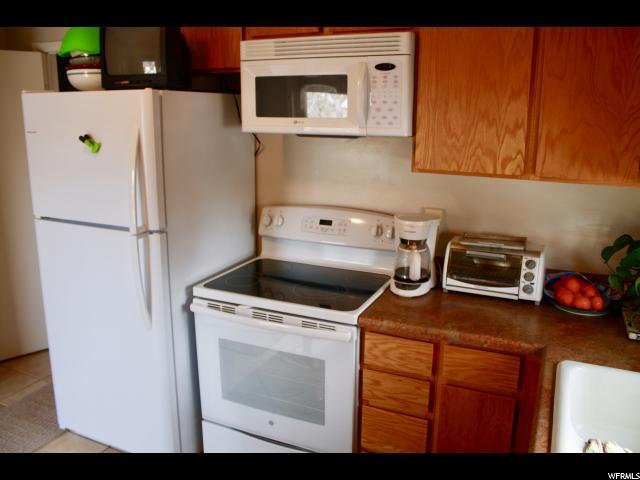 6742 S 2300 ST Cottonwood Heights, UT 84121 - MLS #: 1508780