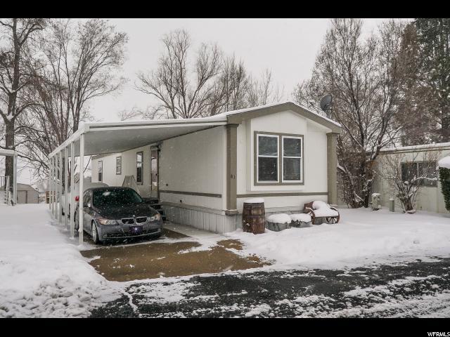 واحد منزل الأسرة للـ Sale في 2600 N HILLFIELD 2600 N HILLFIELD Layton, Utah 84041 United States