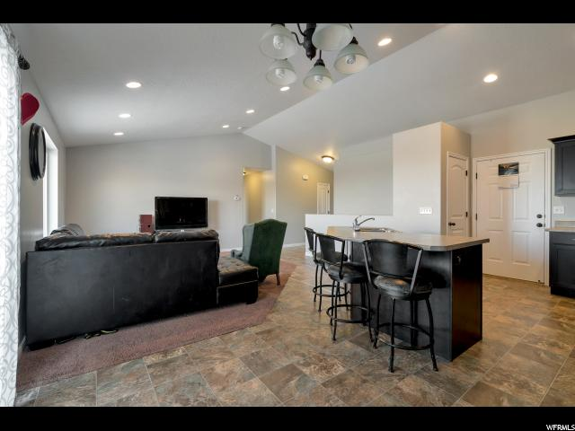 326 W RED TAILED CRESCENT DR Saratoga Springs, UT 84045 - MLS #: 1508903