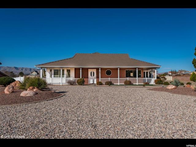 Unique la famille pour l Vente à 82 S PADRE CANYON Drive 82 S PADRE CANYON Drive Ivins, Utah 84738 États-Unis