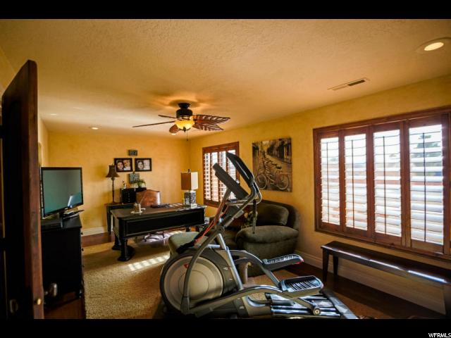 48 S PADRE CANYON DR Ivins, UT 84738 - MLS #: 1509139