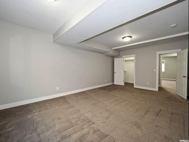 Additional photo for property listing at 1961 E HIGHLAND Place 1961 E HIGHLAND Place Unit: 2 Holladay, Utah 84117 United States