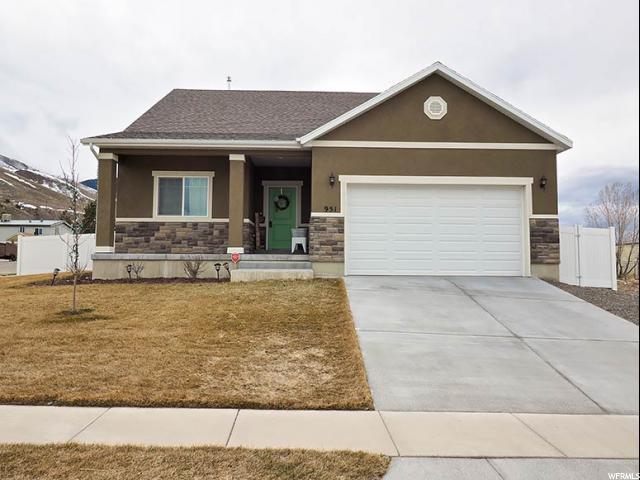 Single Family للـ Sale في 951 W SUNDOWN Lane 951 W SUNDOWN Lane Tooele, Utah 84074 United States
