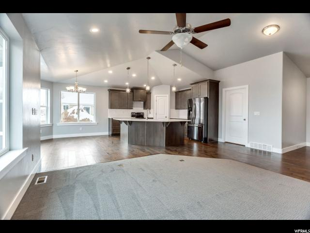 Additional photo for property listing at 222 N OH HENRY Street 222 N OH HENRY Street Santaquin, 犹他州 84655 美国