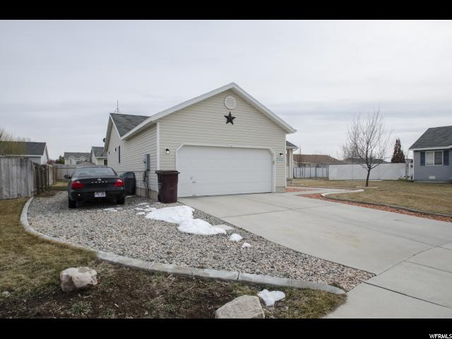 Additional photo for property listing at 5268 S 4000 W 5268 S 4000 W Roy, Utah 84067 United States