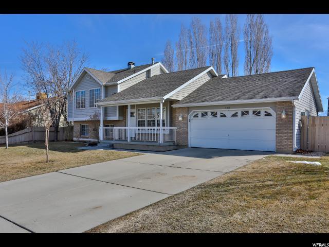 Additional photo for property listing at 8353 S MCGREGOR Lane 8353 S MCGREGOR Lane 西约旦, 犹他州 84088 美国