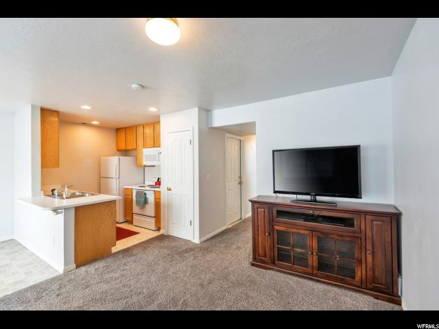 1398 W SPRINGSIDE CT West Valley City, UT 84119 - MLS #: 1509880