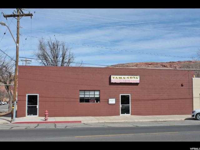 Comercial por un Venta en 01-0B13-0006, 111 E 100 S 111 E 100 S Moab, Utah 84532 Estados Unidos