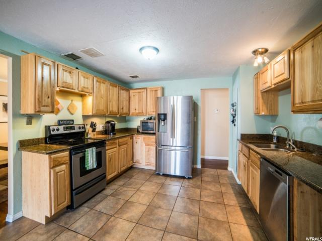 Additional photo for property listing at 914 W 280 N 914 W 280 N Orem, Utah 84057 Estados Unidos